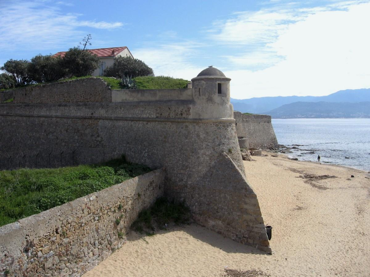 awesome picnic spot on the beach beneath the walls of the citadel ajaccio corsica it never takes. Black Bedroom Furniture Sets. Home Design Ideas