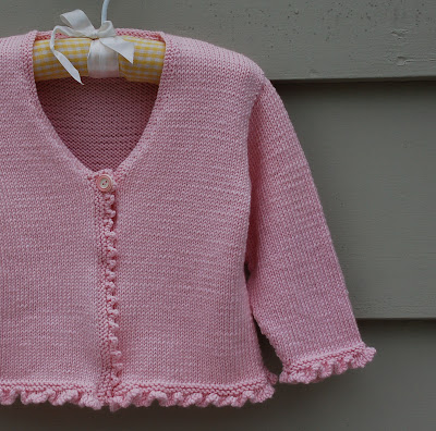 Free Knitting Pattern Baby V Neck Cardigan : BABY CARDIGAN PATTERN EASY Free Baby Patterns
