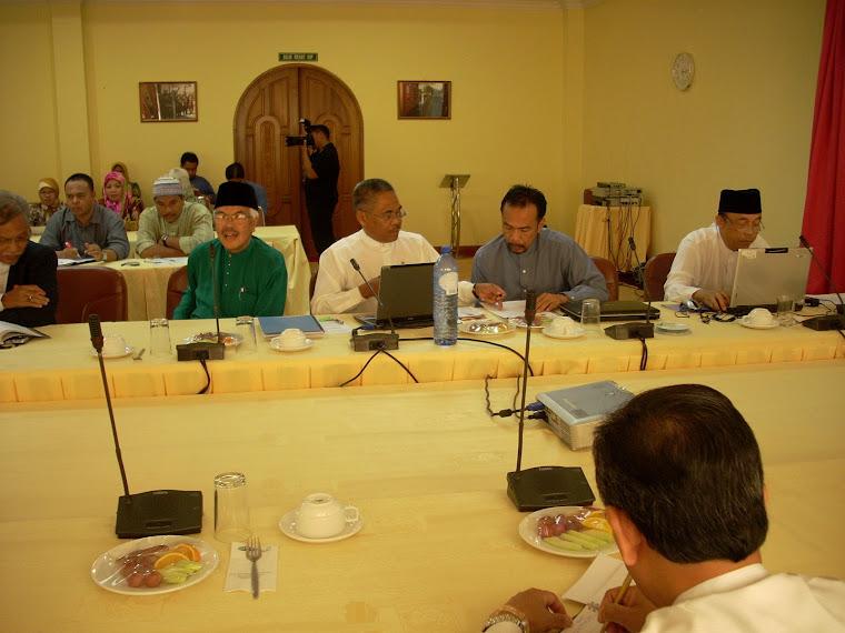 Pengerusi KOKAMI Pg Hj Mohd Salleh