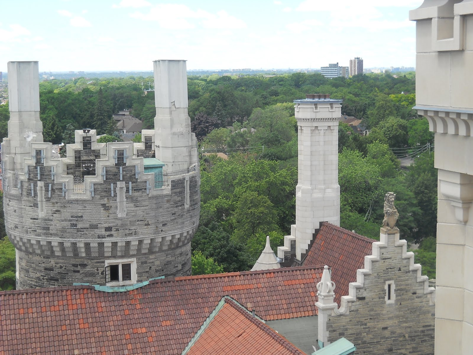 Casa loma a castle in toronto riches to rags story for Casa loma mansion toronto