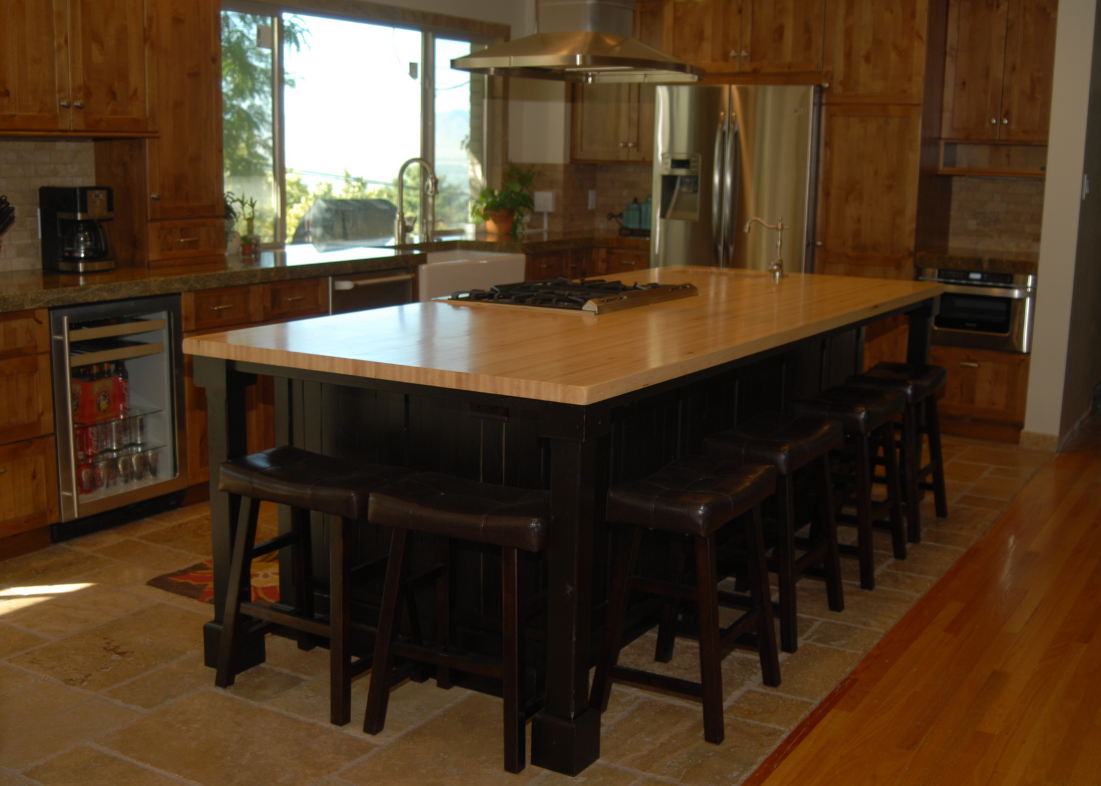 the cabinetry is columbia cabinets supplied through arendal kitchen design  and re vive was the general contractor  enzy living  october 2010  rh   enzyliving blogspot com