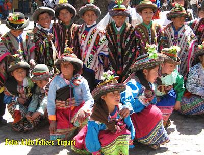 FOTO DE UNOS NIÑOS SARHUINOS - AGOSTO 2007