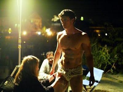 http://3.bp.blogspot.com/_4w8gMXt8cM8/S573rLYq7nI/AAAAAAAAEtw/D3qR_HmuovU/s400/Jonathan-Tucker-naked.jpg