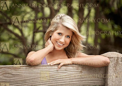 Plano Senior High School senior pictures of beautiful outdoor poses for girls