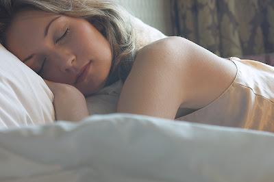http://3.bp.blogspot.com/_5-9pSyTiM_U/SGDy1PFA3AI/AAAAAAAACNw/FTxst2sPVFY/s400/sleeping.jpg