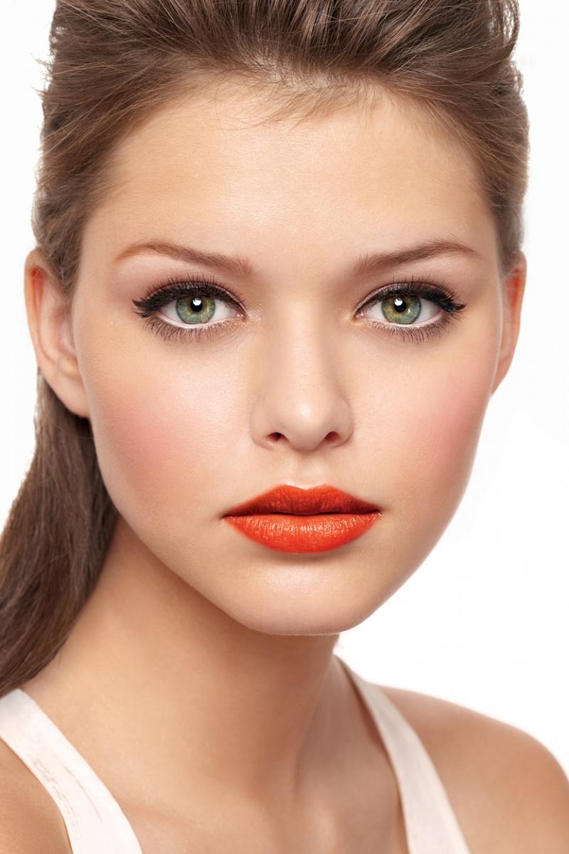 موضة الروج الاورانج جربووه وحتحبوه orange+lips.jpg