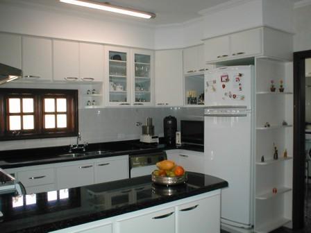 FERNANDEZ MÓVEIS PLANEJADOS: Cozinha em Residência Conjunto