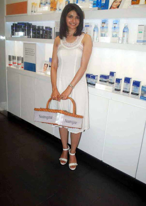 prachi desai white dress latest photos