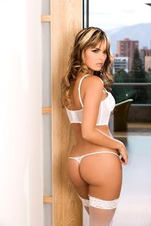 Melissa Giraldo, Modelo Colombiana en ropa interior