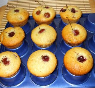 Mini muffins alle ciliegie