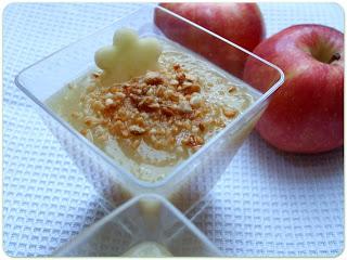 Crema di mele e mandorle tostate