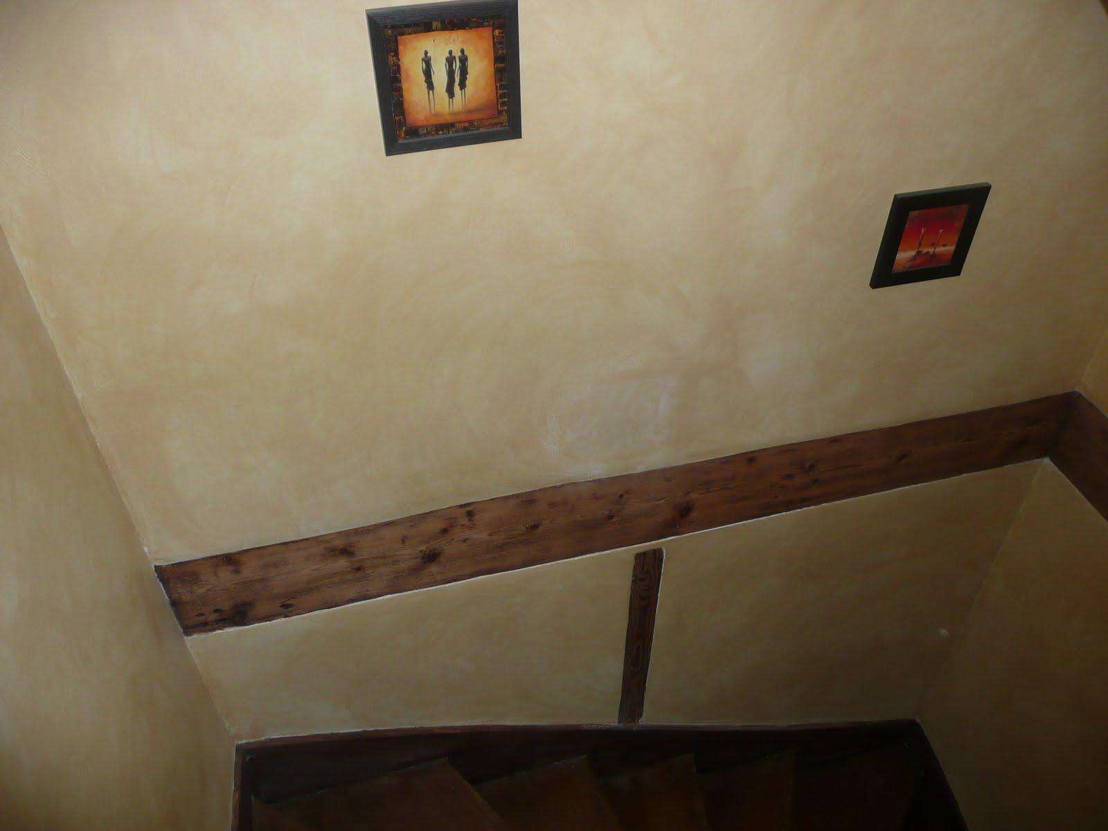 Bfg express embellissement escalier for Technique de peinture murale a l eponge