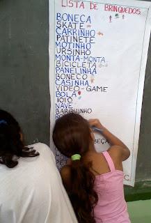 052109144041 ATIVIDADES COM LISTA DE BRINQUEDOS para crianças
