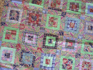 Simple quilt pattern in a paisley quilt
