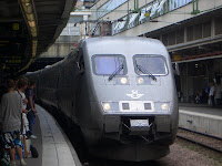 X2000 pulling in at Stockholm Central Station