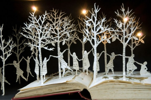 Amazing Book Sculpture  Art Work