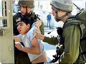 http://3.bp.blogspot.com/_57lM0WK7BTg/S6zx5u-iI7I/AAAAAAAAKPs/tX52TI2VgiQ/s320/palestinian-child-arrested.jpg