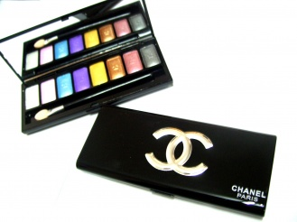 Chanel eyeshadow  UNTUK BORONG SHJ.