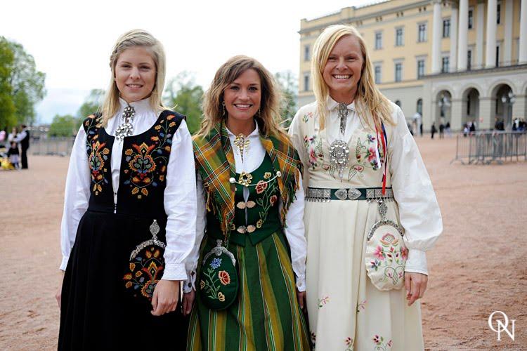 norske babes lek kontakt