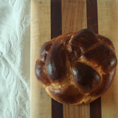 a round challah