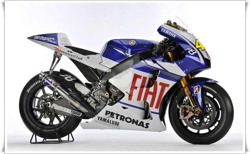 fiat yamaha wallpaper. 2010 Yamaha YZR M1 Wallpaper