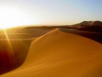 Dune sunrise/شروق على الكثبان الرملية