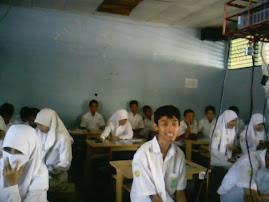 Saleh sempat aja Senyum
