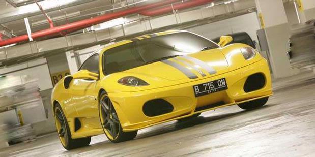 http://3.bp.blogspot.com/_5F26RBuimU0/S-6gGg9Q8bI/AAAAAAAAAPQ/TdtgU9XdCB4/s1600/Ferrari+Novitec+Rosso.jpg