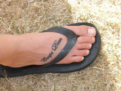 cute tattoo carpe diem · tattoo carpe diem, carpe diem designs, foot tattoos