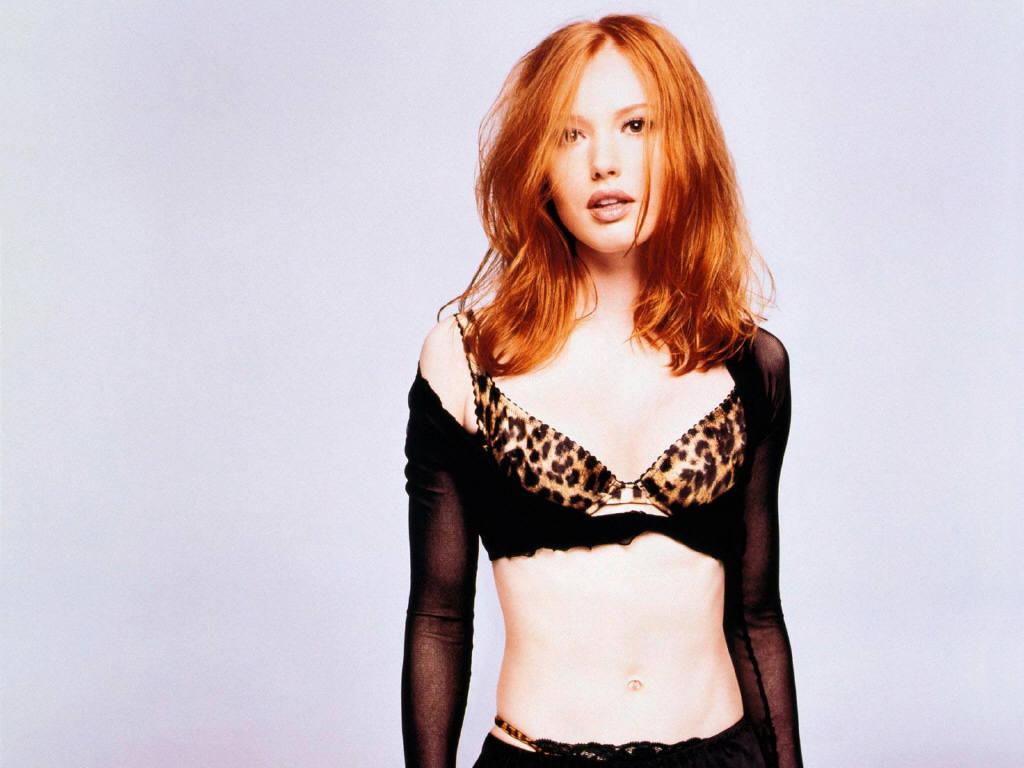 Alicia Witt sexy gallery