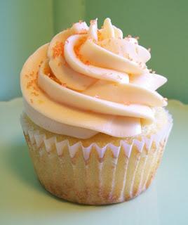 Lizzy's Petite Cupcakes: Orange Cream Cupcake