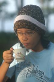 nge-teh di perkebunan gunung gambir