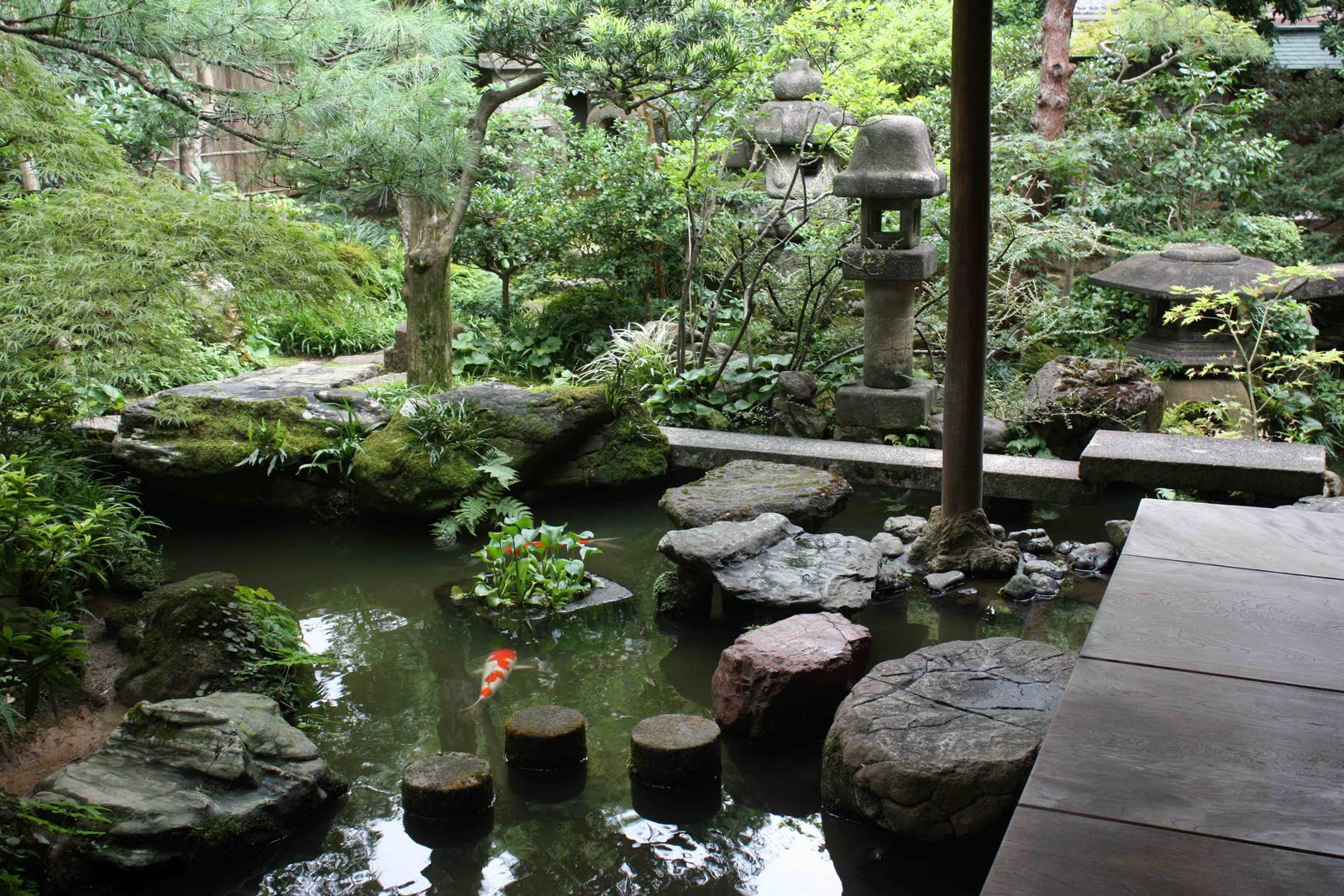 samurai garden Brief history of the samurai courtesy of mark mcgee japan has a history that  dates back thousands of years scientists believe the japanese people.