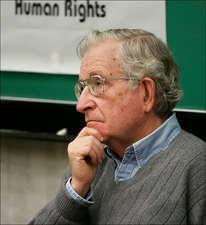El control de los medios de comunicación. Noam Chomsky . 26-08-2009