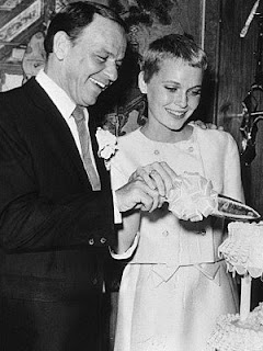 Mia Farrow and Frank Sinatra wedding - It's fashion, dahling!