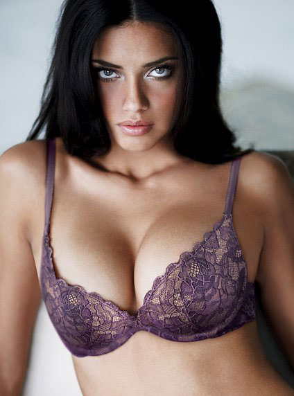 wallpaper of girls with bra. hot adriana lima wallpapers.