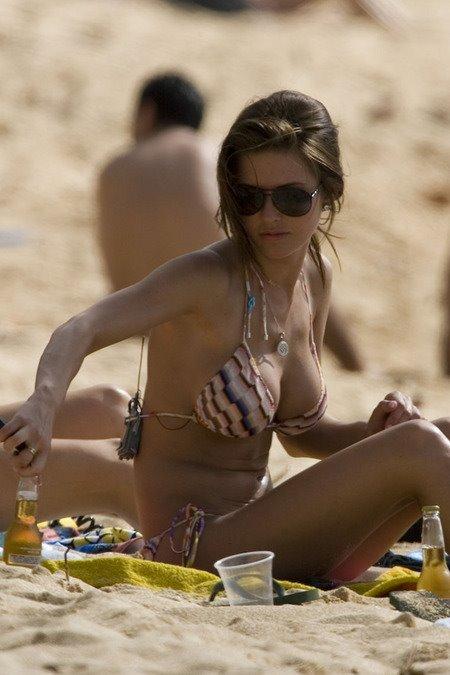 [gallery_main-0217_audrina_patridge_bikini_03.jpg]