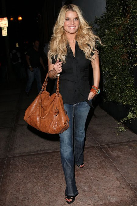 [gallery_main-0909_jessica_simpson_05.jpg]