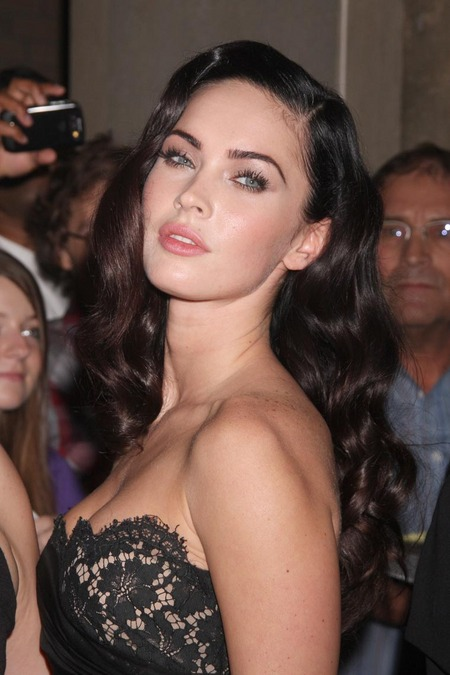 [gallery_main-0911_megan_fox_tiff_03.jpg]