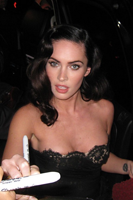 [gallery_main-0911_megan_fox_tiff_04.jpg]
