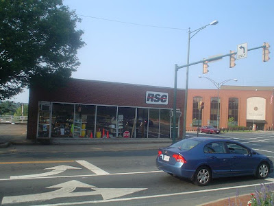 Built 1957 as Mooney Oldsmobile, recently equipment rental, now a furniture store. (Photo Sep. 2007)