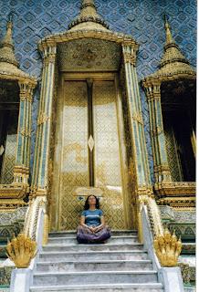 Una de las tantas puertas del Palacio Real, Bangkok