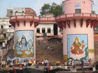 Shiva y Parvati, a los pies del Río Ganges