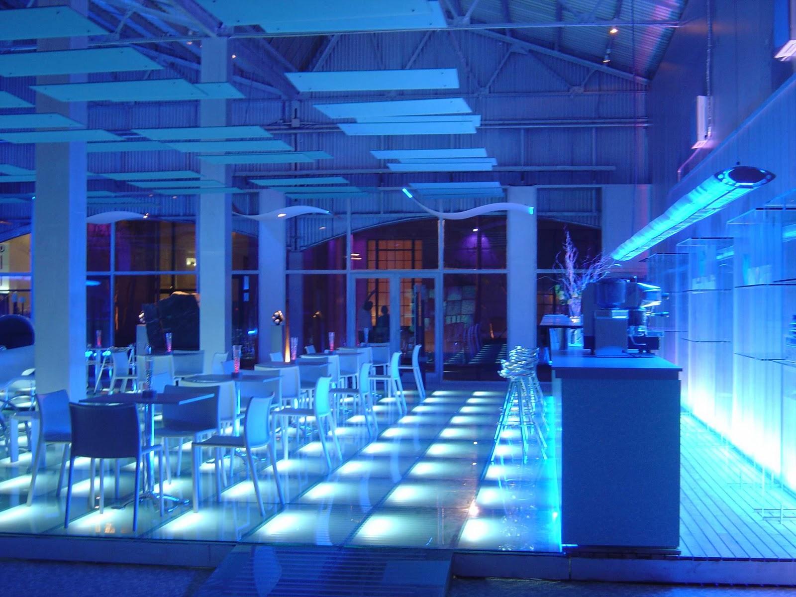 Iluminacion e p s i iluminacion comercial de interiores for Iluminacion minimalista interiores