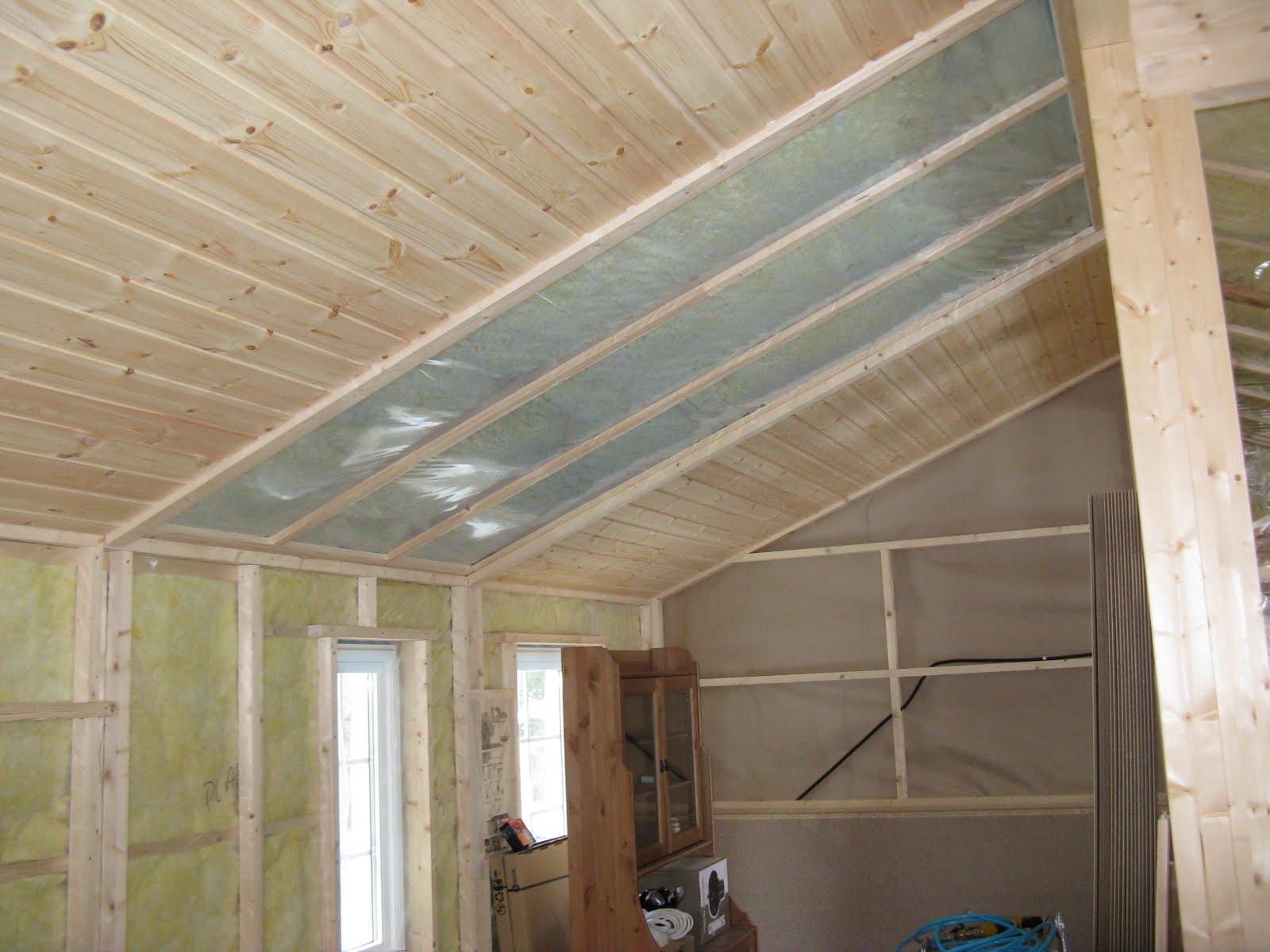 Montering av panel i tak