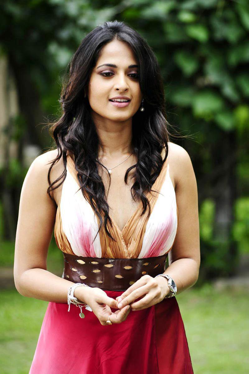 Tollywood N Bollywood: South Hot Actress Anushka Unseen