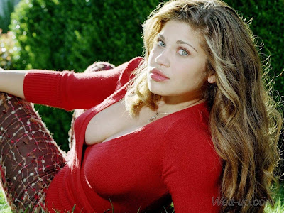 Where is Danielle Fishel? Still looking, where is Danielle Fishel?