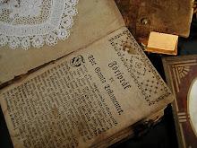 Gammal bibel från 1700-talet