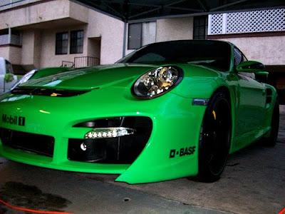 http://3.bp.blogspot.com/_5S2o6TGcuSI/TOybyAWMflI/AAAAAAAAALM/TxACuSVmWjw/s200/Misha-Porsche-996-Sport-Cars-GT.jpg