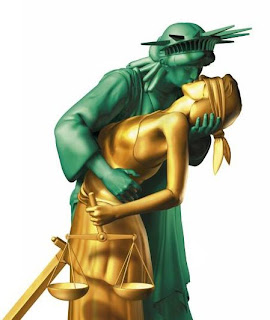 Lady+Liberty+kissing+Lady+Justice.bmp